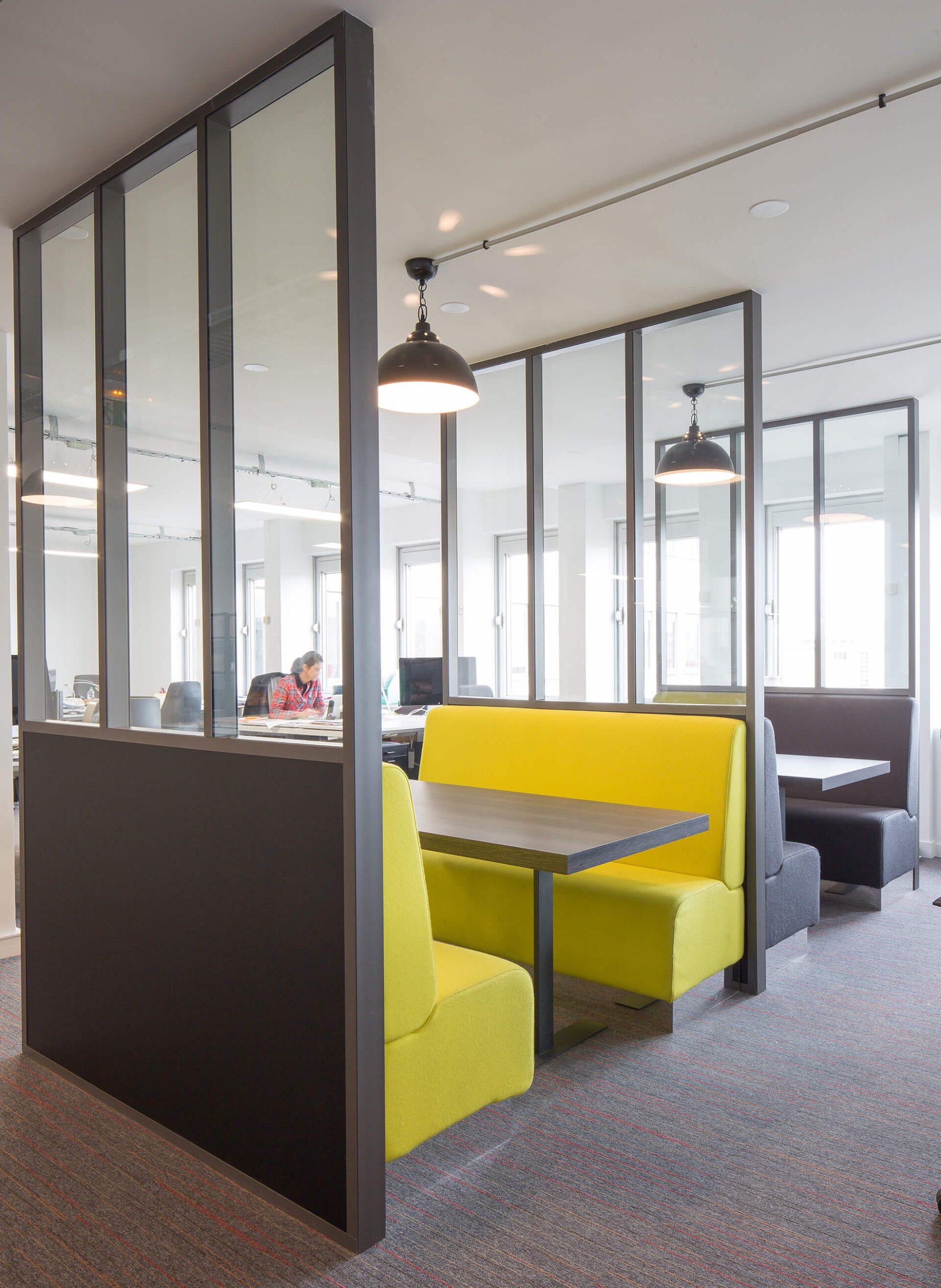 espaço de trabalho agencia publicitaria