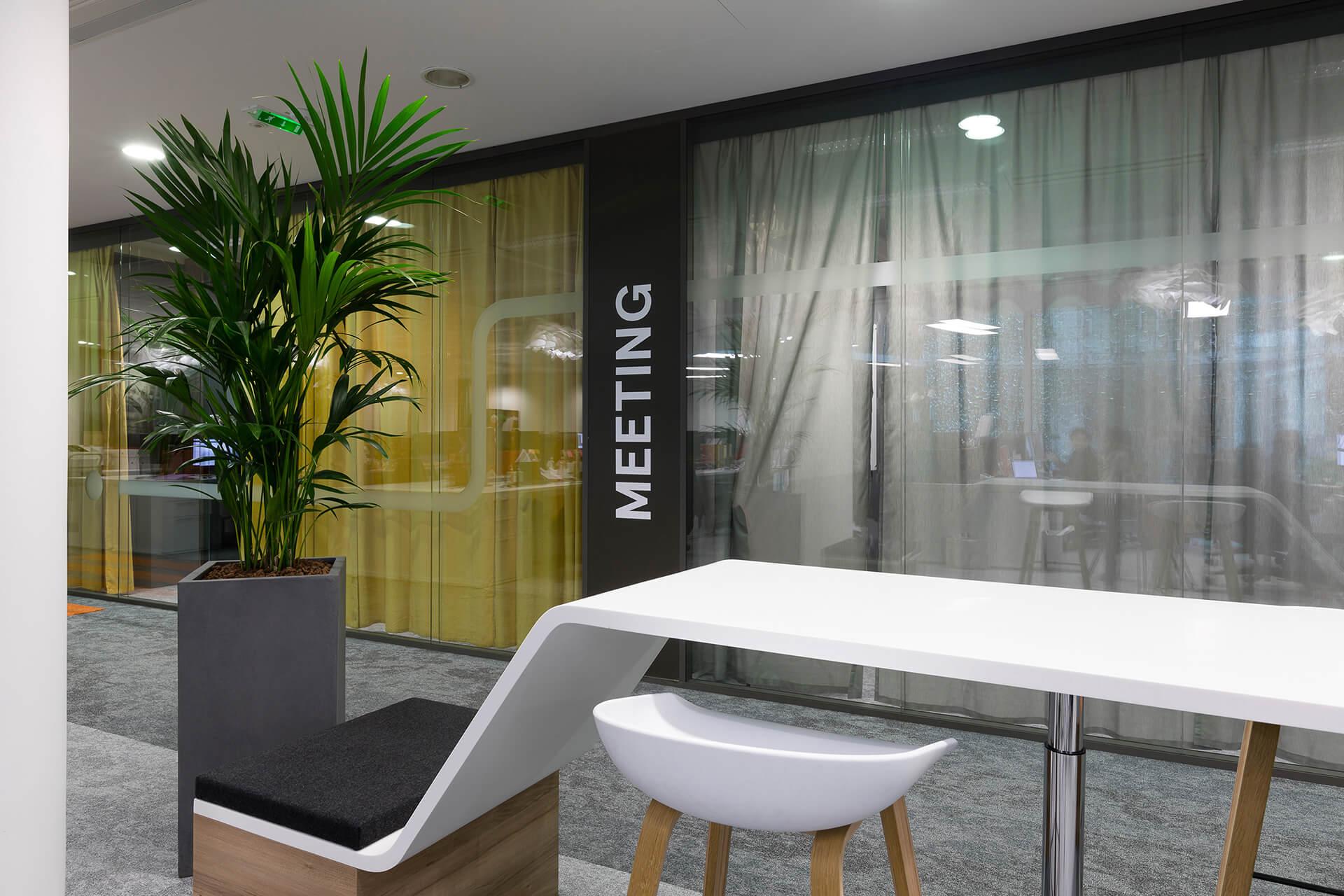 espaço de meeting com arquitetura e design moderno